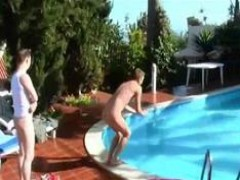 gay Poolside knob sucking