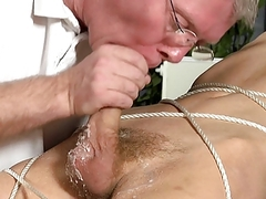 s&m bondman boy tied Up, Waxed And Milked Schwule Jungs