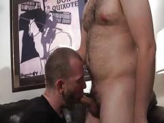 Straight stud gets A oral enjoyfellowst