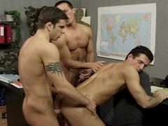 3 tasty EU Solderiers In threesome