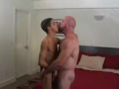 Street Cruise Bear And twink
