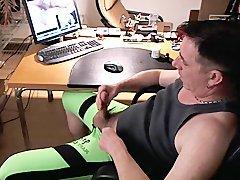 Green Bulge -> White goo