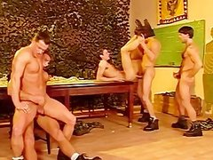 Six brawny Smatureier mans Make cute orgy In The Clbootyroom