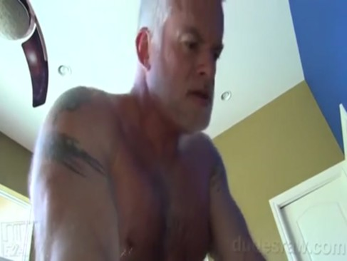 Silver daddy plows youthful pooper