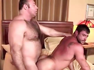 Vocal nudeback Bears
