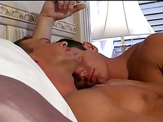 2 MUSCLE chaps pound
