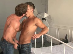 Italian Muscle Hunk Male fuck A Yong twink Hard