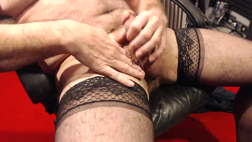 I Love To wank In My Nylons. Love To Wear Tthis chabm In sexual encounters As Well.