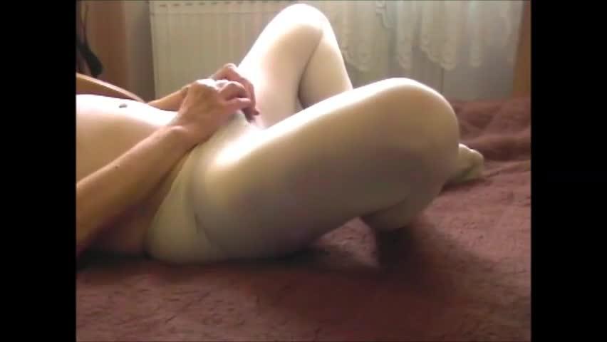 Playing In pantyhose.