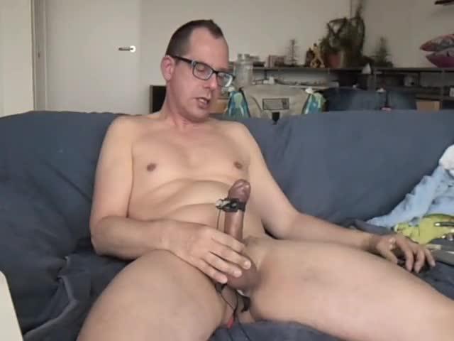 Handsfree cumming By Electro Stimulation.