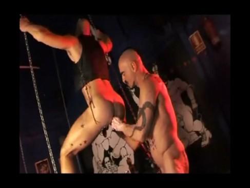 Sexo En El Bar