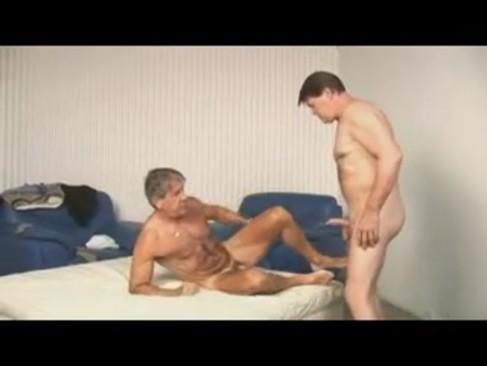 Sexo gay Entre insaneuros!