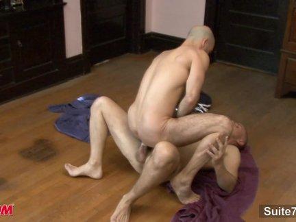 Bald weenies gangboning arsees