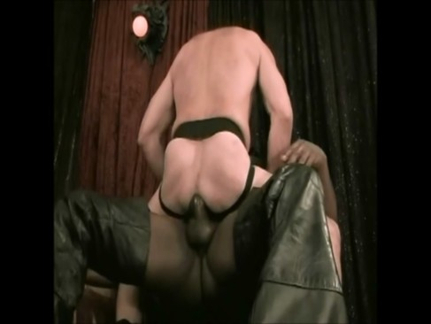 Sexo En La Sala