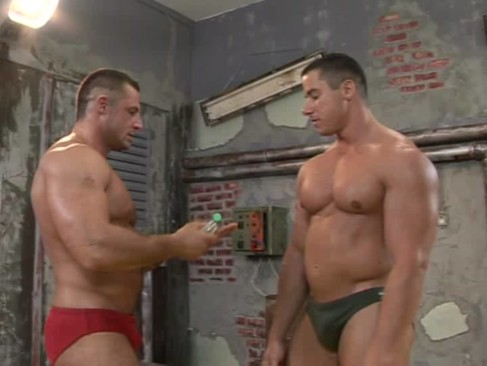 Fernando Nielsen & Chris Stone:  gay Body