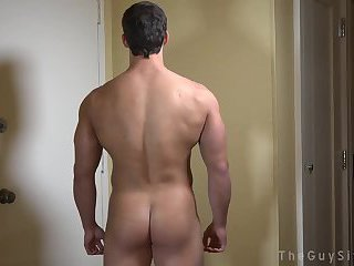 Muscle lad Solo Tugging