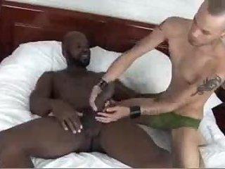 sexy Interracial homosexual males fucking