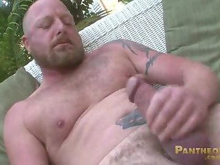 fat Tattooed lad Solo jerking off