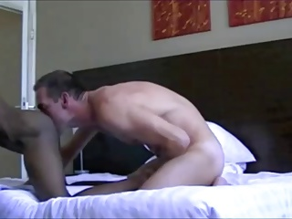 Flip Flop nail Hotel Room