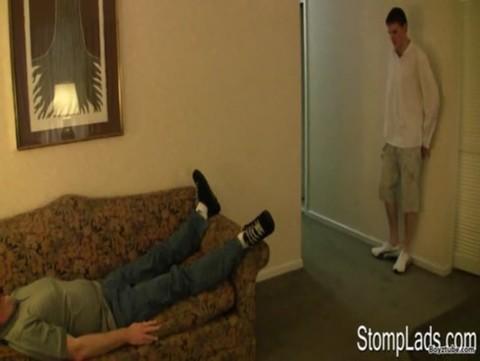 Andrew K Stomping Tom Feet Trampling Domi