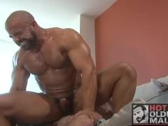 Kickin It! hardcore Muscle Daddy Bears