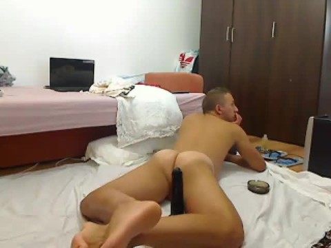 kinky Romanian Model From Webchat Caught In Free Show