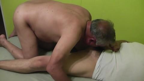 El Abuelo Cachondo Me Pidió Verga. Me Lo Cogí, Le Metí Un sex-dildo, Lo Bañé Con Mi spooge Y Aún Quería Más. (kinky grandad Asked Me For Some