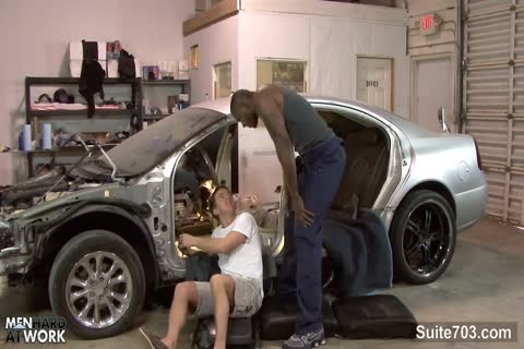 White gay Mechanic acquires black drilled At Work