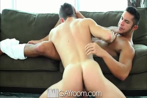 pumped up gay stud Takes It Up His arsehole