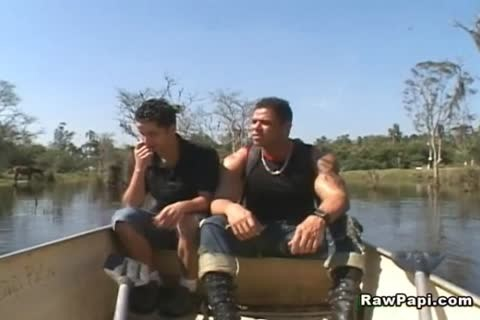 homo boyz Take A Boat And Buttfuck Each Other