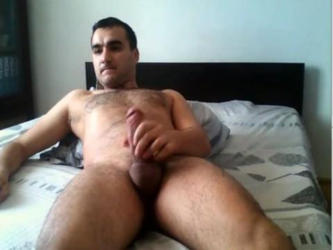 Romanian Fratboy Dodo Cums On cam