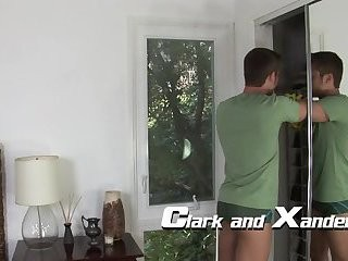 Clark & Xander enjoy blowjob job