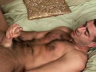 Chris & Cru engulfing & hammering