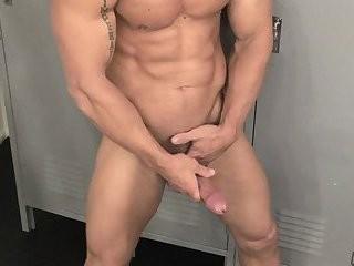 Damone Danilo meaty jerking off