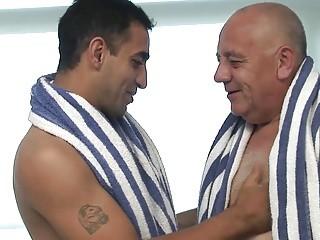 Abdul Y Borja