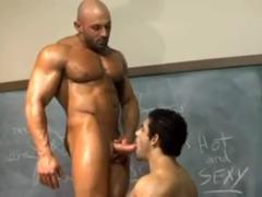 Muscle homo Sex