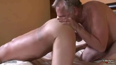 daddy Top Daddy pounds It Home