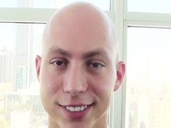 Bald guy pokeed In Tthellos guy analhole