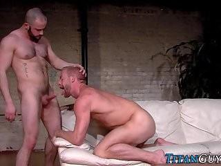 Muscled homo love juice Sprayed