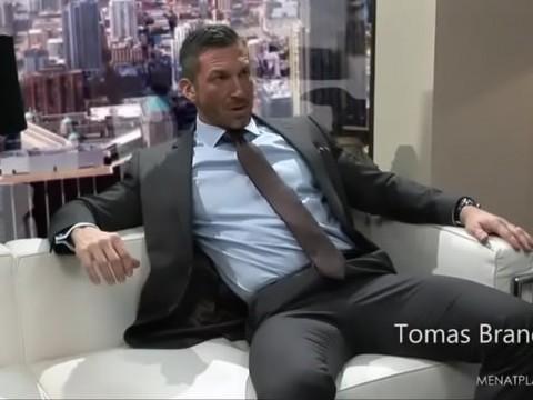 Tomas nails Dario