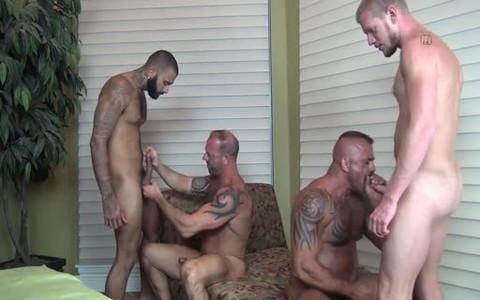 4 boyz In cum Hungry orgy