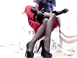 sleazy Seamed stockings And Heels