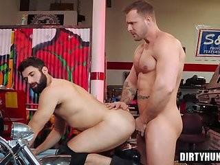 Muscle Wolf ass job With cream flow