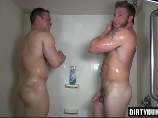 Muscle homosexuals anal job With cumshot