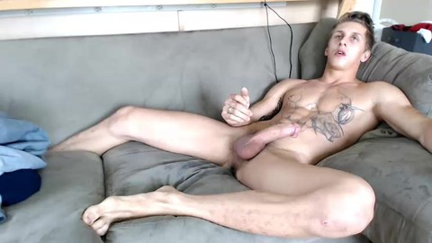 web camera whore Cums W/buttplug In His arse. big Feet And Hung 4