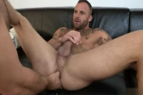 Muscle Bear butthole hammer And Facial