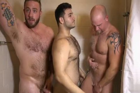 Muscle homo three-some With spunk flow
