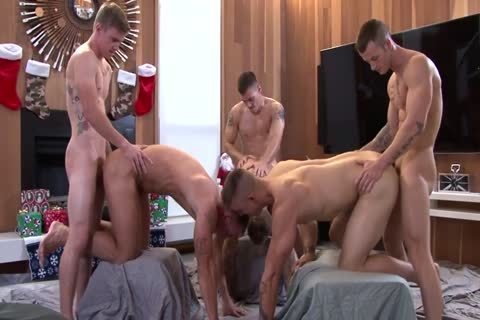9a Six guys Muscle bare