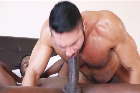 bare - dude Takes monstrous black weenie