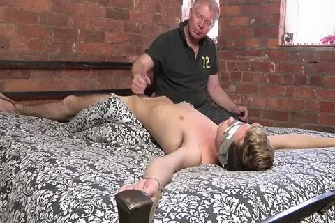 bdsm slave twink tied Up And Milked Schwule Jungs.mp4